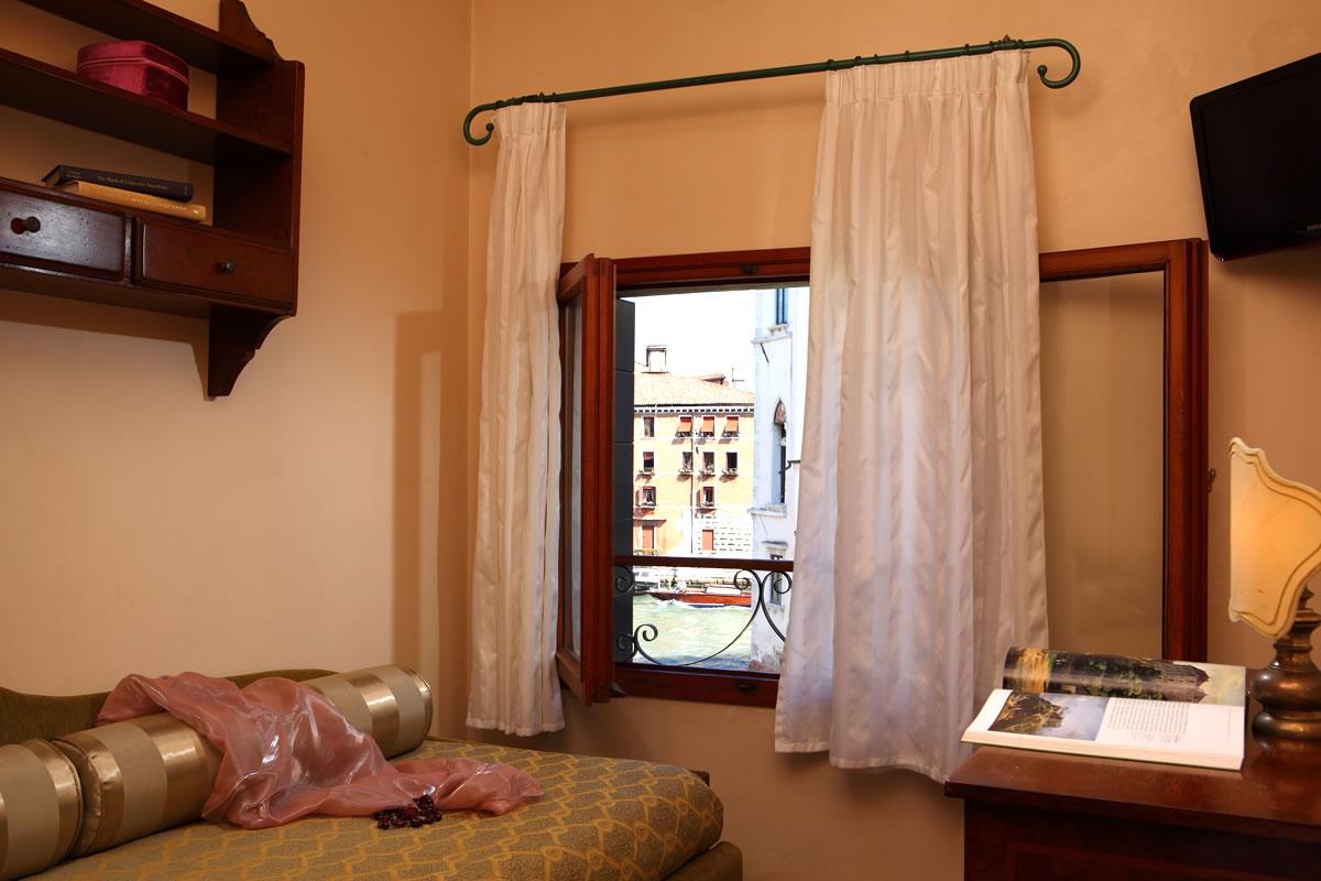 Habitacion triple Hotel Pensione Accademia Venezia