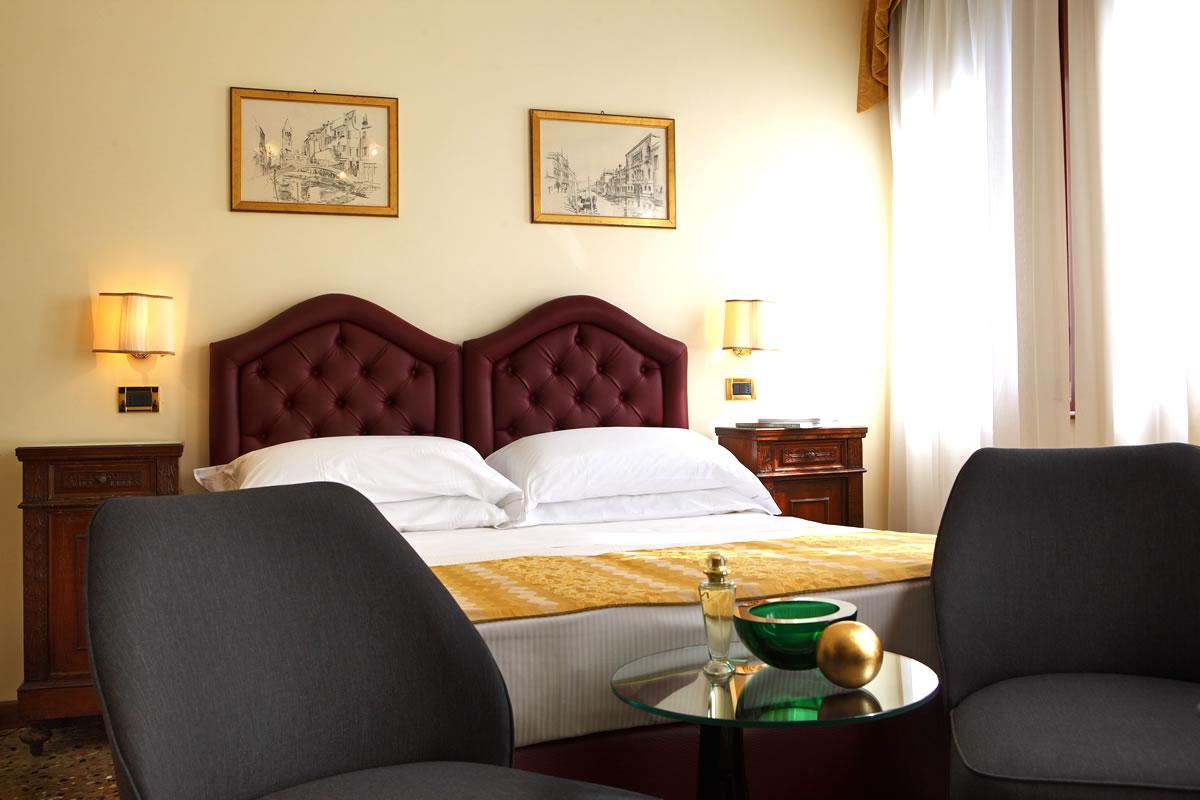 Doble Clasica Vista al Canal Hotel Pensione Accademia Venezia
