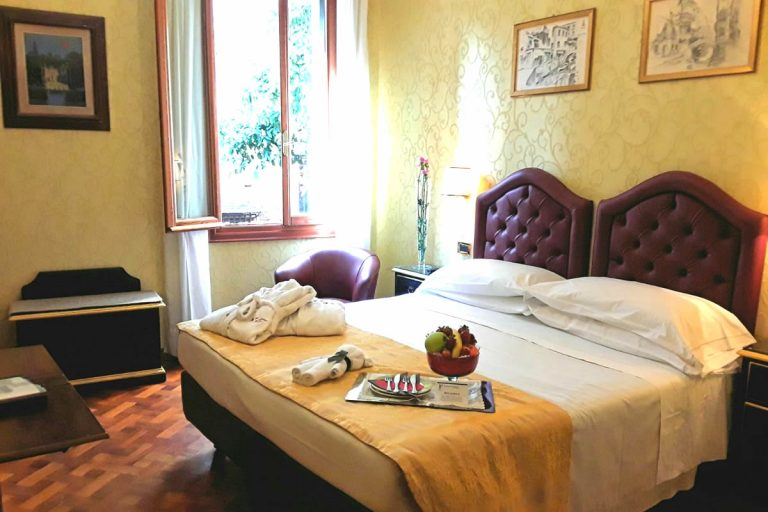 Basic Doppelzimmer Hotel Pensione Accademia Venezia