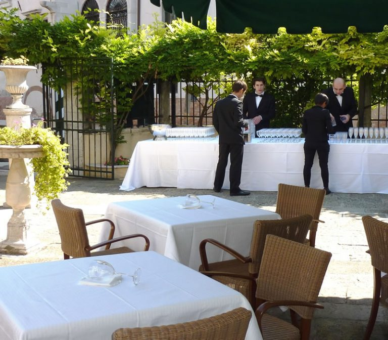Our garden: perfect for your events Hotel Pensione Accademia Venezia
