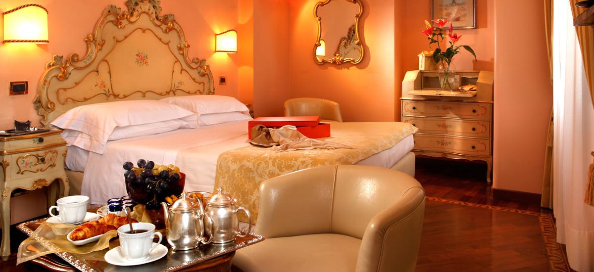 Services Hotel Pensione Accademia Venezia