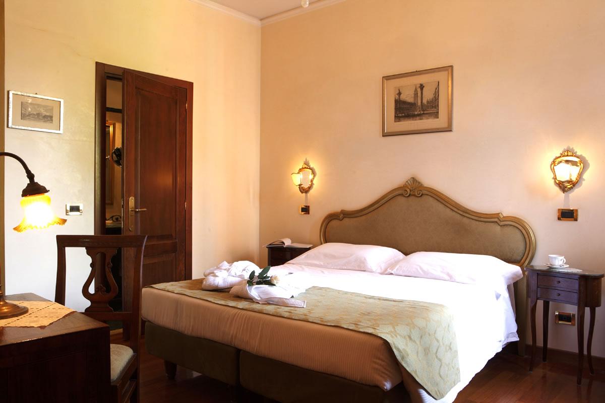 Chambre Quadruple Hotel Pensione Accademia Venezia