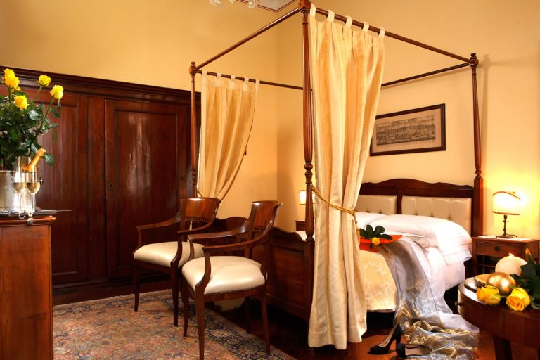 Superior Double canal or garden view Hotel Pensione Accademia Venezia